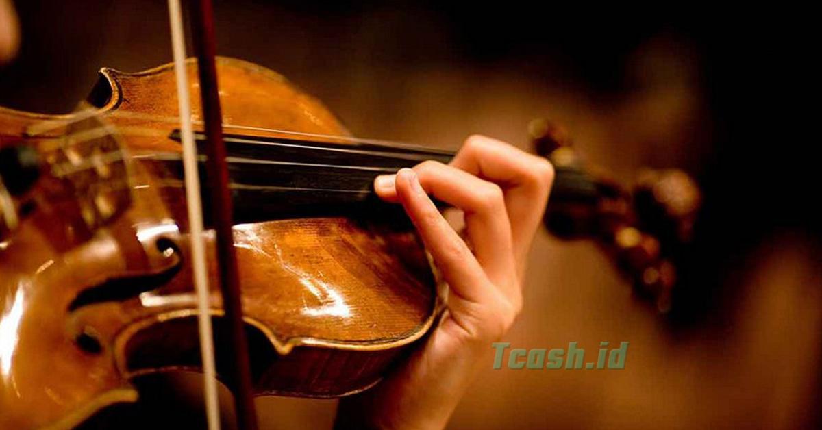 perbedaan alat musik harmonis dan melodis